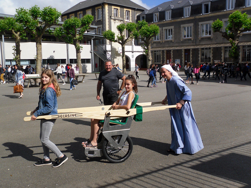 Action caritative Joëlette Contigo Caminando